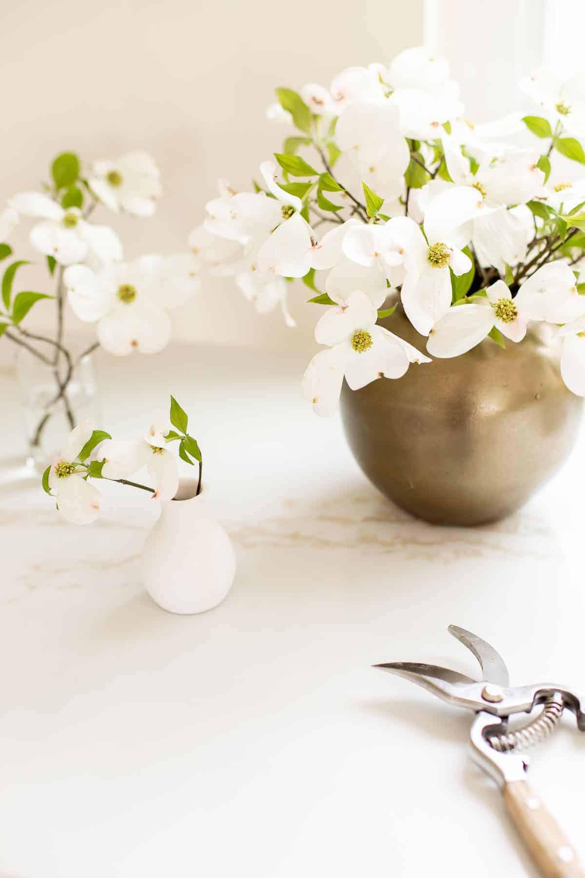 flowers on quartz counters