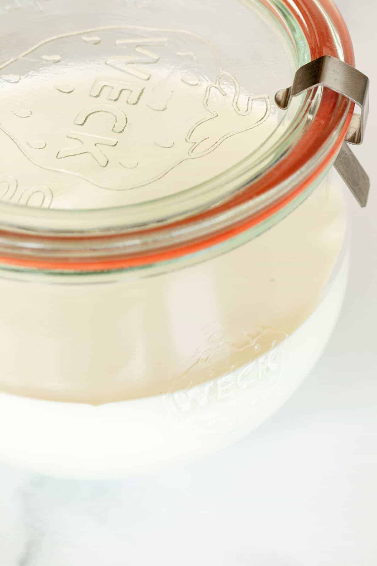 creme fraiche substitute in a clear glass weck jar with lid.